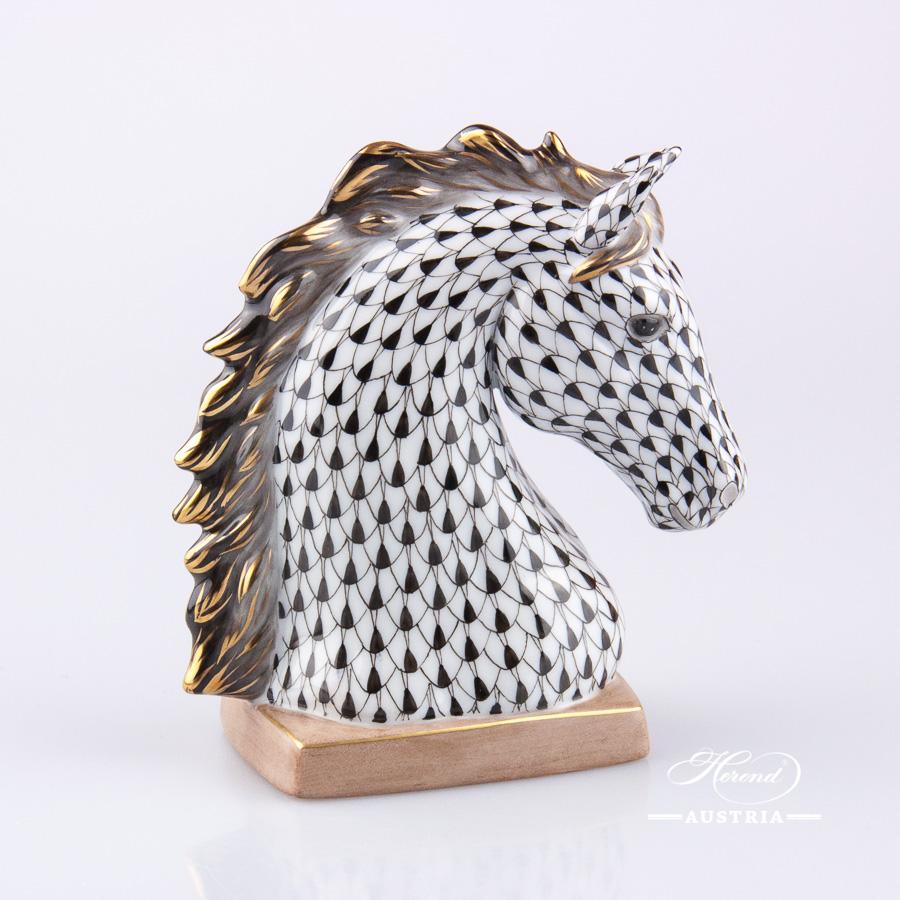 Horse Bust 15715-0-00 VHNM Black - Herend Animal Figurine