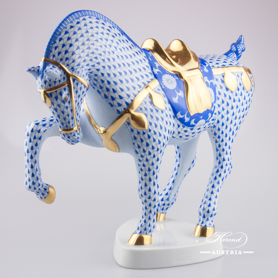 """Horse Tang 5347-0-00 VHSP25 SpecialFish scale design.Herend fine china animal figurine. Hand painted. Length 35.5 cm (14""""L)."""
