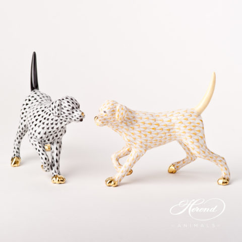 "Labrador figurines 15684-0-00 VHNM Black and VHJ Yellow Fish scale designs. Herend fine china animal figurines. Hand painted. Length 14 cm (5.5""L) and Height 11 cm (4.25""H)."