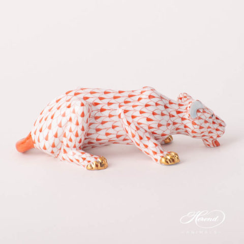 """Lioness/ Lion 15434-0-00 VHR Red Fish Scale design. Herend fine china animal figurine. Handpainted. Length: 13.5 cm (5.25""""L)."""