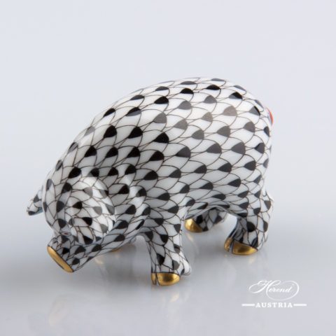 "Small Pig 5357-0-00 VHN Black Fish scale decor. Herend Fine china animal figurine. Hand painted. Length: 6.0 cm (2.5""L)"