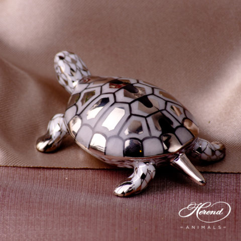 "Turtle 15508-0-00 PTVH Platinum Fish scale decor. Herend Fine china animal figurine. Hand painted. Length 6.5 cm (2.5""L)"