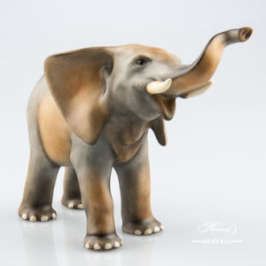 "Elephant 5271-0-00 MCD Naturalistic decor. Herend fine china animal figurine. Hand painted. Length: 16.5 cm (6.5""L)"