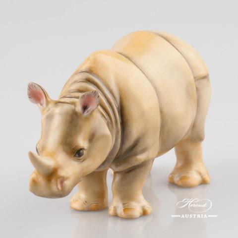 "Rhino 15333-0-00 C Naturalistic decor. Herend Fine china animal figurine. Hand painted. Length: 13.0 cm (5""L)"