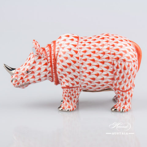 """Rhino 15333-0-00 VHR-PT Red Fish scale with Platinum decor. Herend Fine china animal figurine. Hand painted. Length: 13.0 cm (5""""L)"""