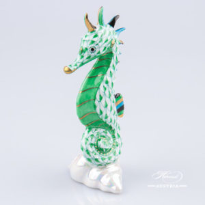 "Seahorse 15325-0-00 VHV Green Fish scale decor. Herend fine china animal figurine. Hand painted. Height 10.2 cm (4""H)"