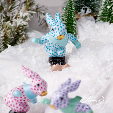 Skiing Bunny / Rabbit 5564-0-00 VHTQ Turquoise Fish scale design. Herend fine china