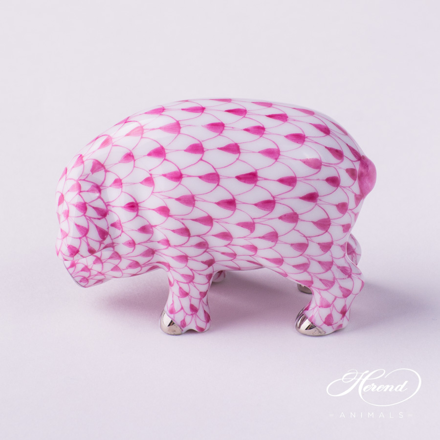 "Small Pig 5357-0-00 VHP-PT Purple Fish scale w. Platinum decor. Herend Fine china animal figurine. Hand painted. Length: 6.0 cm (2.5""L)"