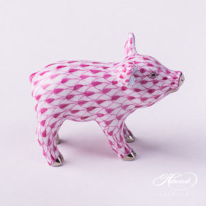 "Small Pig 5352-0-00 VHP-PT Purple Fish scale w. Platinum decor. Herend Fine china animal figurine. Hand painted. Length: 5.0 cm (2""L)"