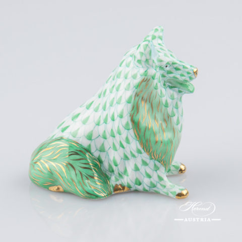 "Dog - Spitz 15627-0-00 VHV Green Fish Scale decor. Herend Fine china animal figurine. Hand painted. Length: 6.5 cm (2.5""L)"