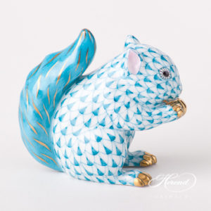 "Squirrel 15716-0-00 VHTQ Turquoise Fish scale design. Herend fine china animal figurine. Hand painted. Height 6.5 cm (2.5""H)."