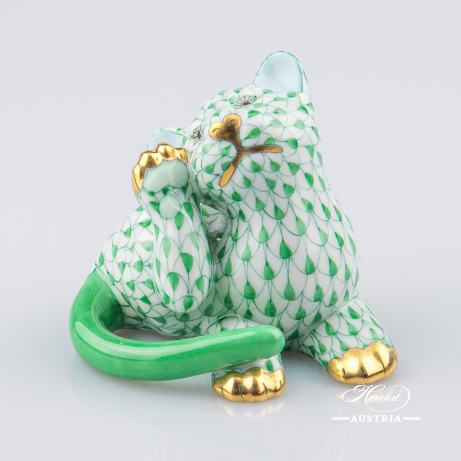 """Dog - Dachshund 15576-0-00 VHV Green Fish Scale decor. Herend porcelain animal figurine. Hand painted. Length: 13.2 cm (5.25""""L)"""