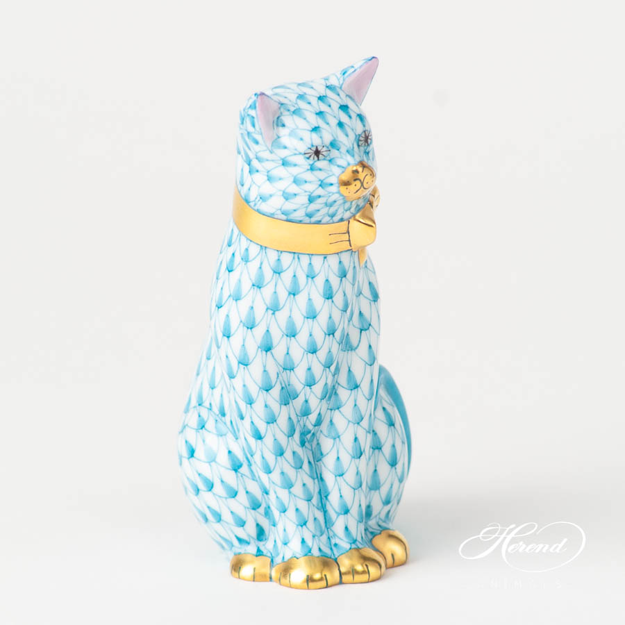 Cat with Ribbon 15536-0-00 VHTQ Turquoise Fish scale design. Herend fine china