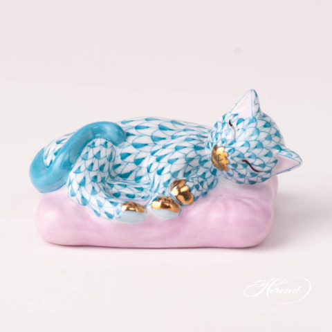 Cat on Pillow 15709-0-00 VHTQ TurquoiseFish scale design. Herend fine china