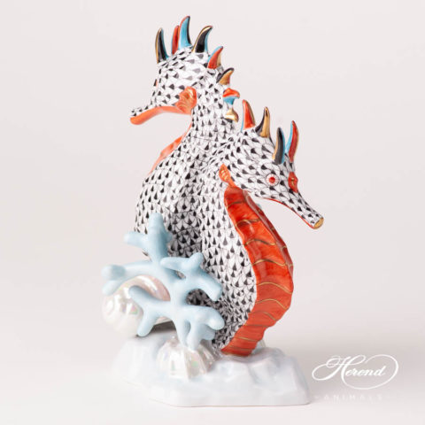 Seahorse 5252-0-00 VHN Black Fish scale design. Herend fine china