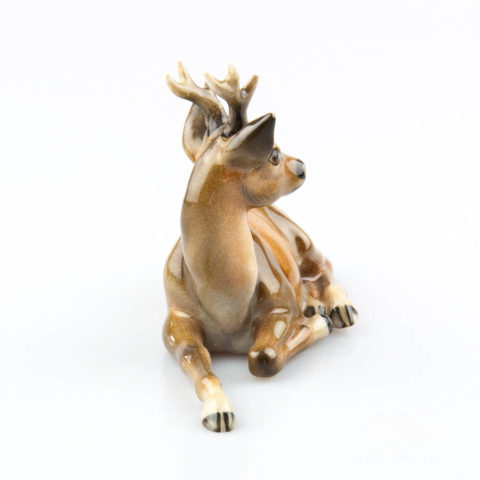 """Cat with Ribbon 15319-0-00 MCD Naturalistic decor. Herend Fine china animal figurine. Hand painted. Height: 11.8 cm (4.75""""H)"""
